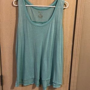 Tops - Women's 1x Flowy tank